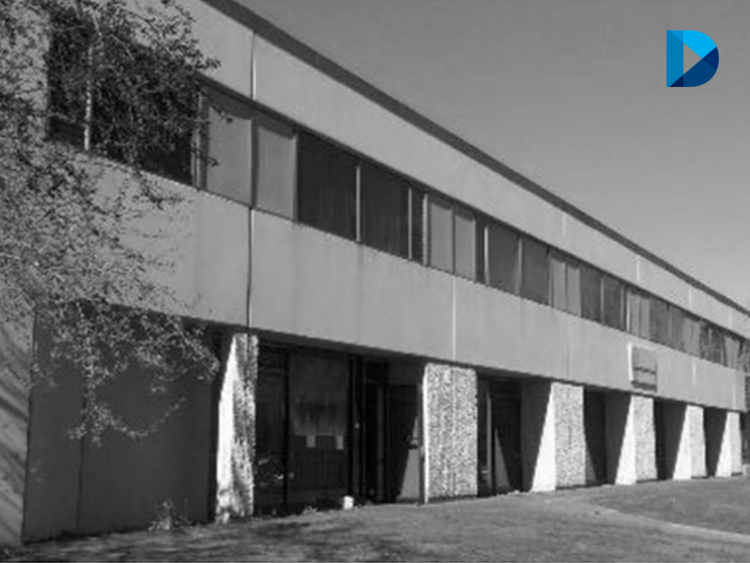31,304-SF multi-tenant industrial building